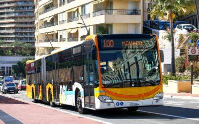 Transport commun : Comment être libre de ses mouvements tout en visitant la côte d'Azur?
